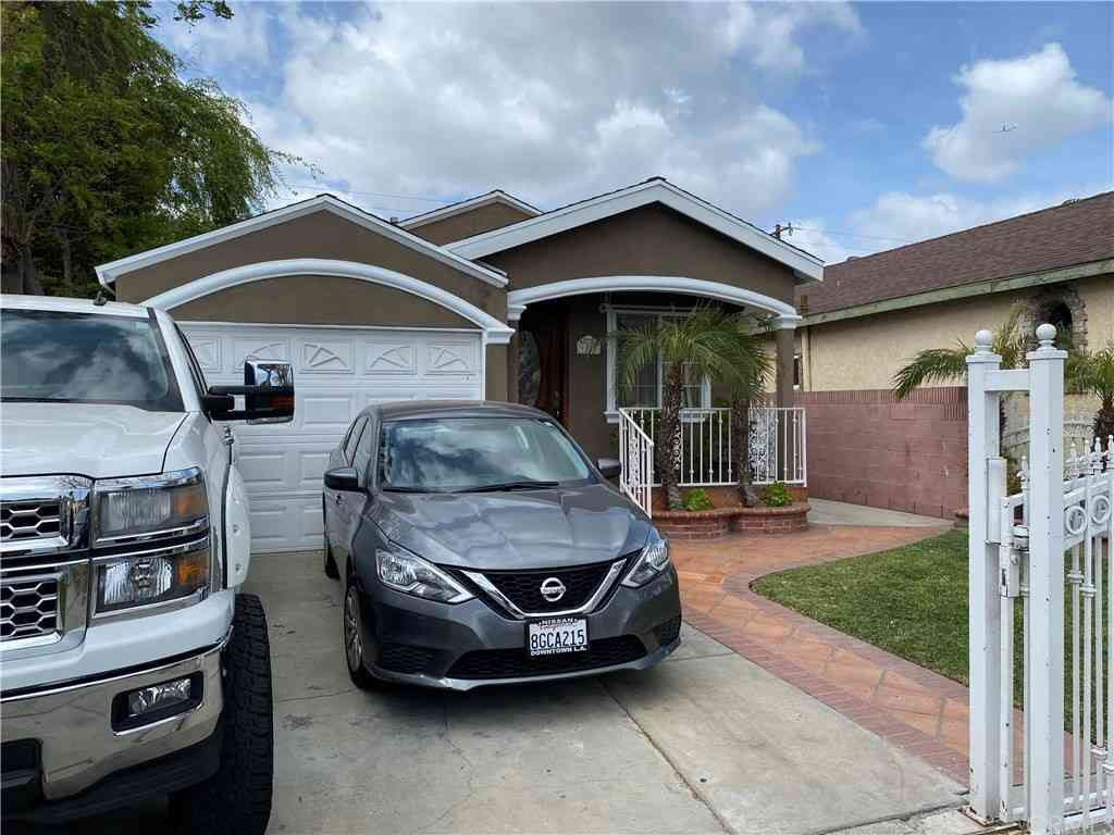 9317 Hunt Avenue, South Gate, CA, 90280,