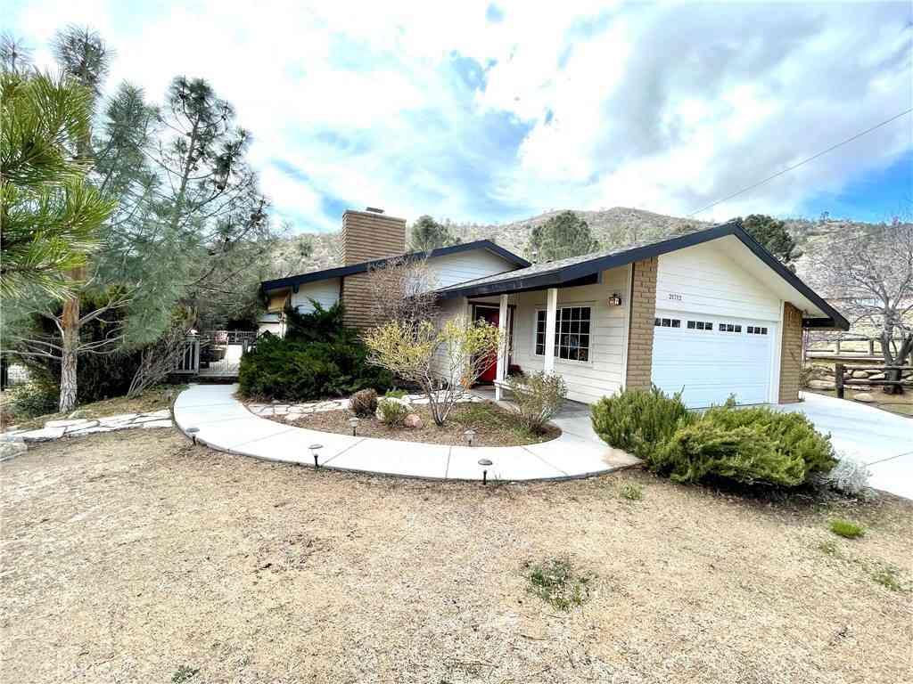 21712 Mountain Drive, Tehachapi, CA, 93561,