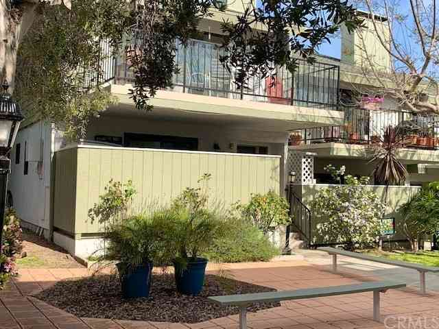 222 S Irena Avenue #J, Redondo Beach, CA, 90277,