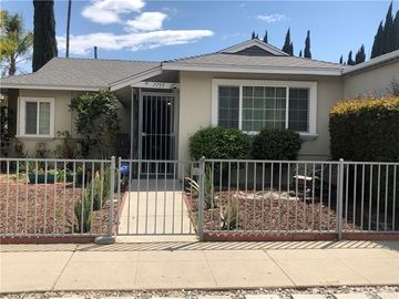 7755 Whitsett Avenue, North Hollywood, CA, 91605,