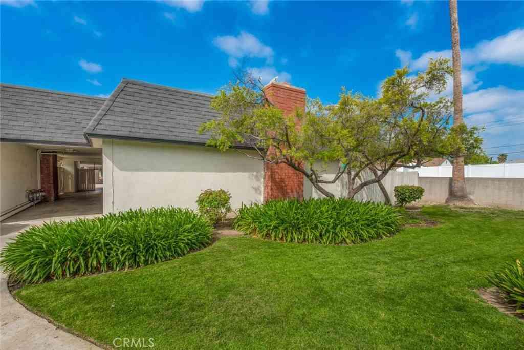 1365 Victoria Drive #57, Fullerton, CA, 92831,