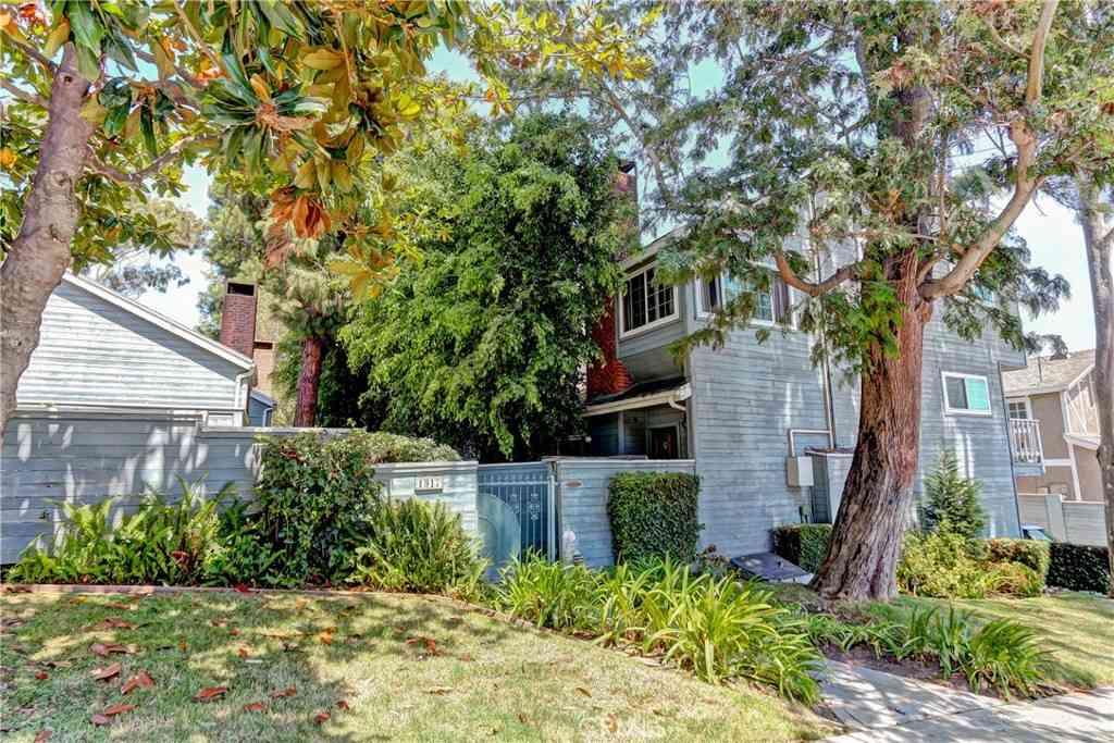 1917 Nelson Avenue #B, Redondo Beach, CA, 90278,