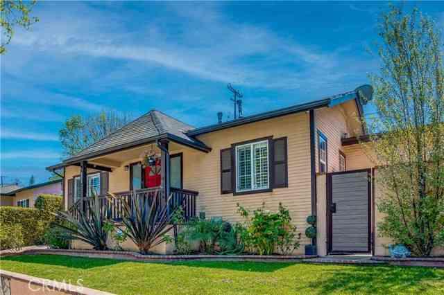 208 East Ellis Avenue, Inglewood, CA, 90302,