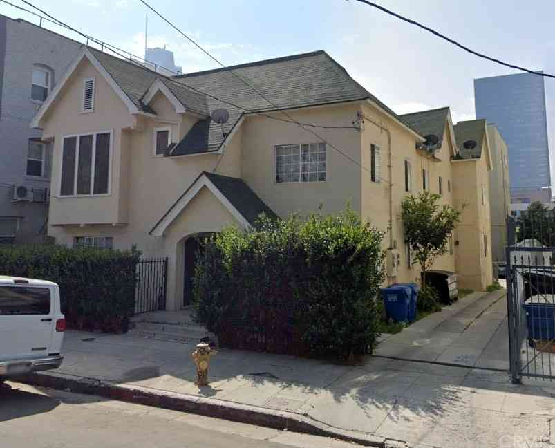 1322 Maryland Street, Los Angeles, CA, 90017,