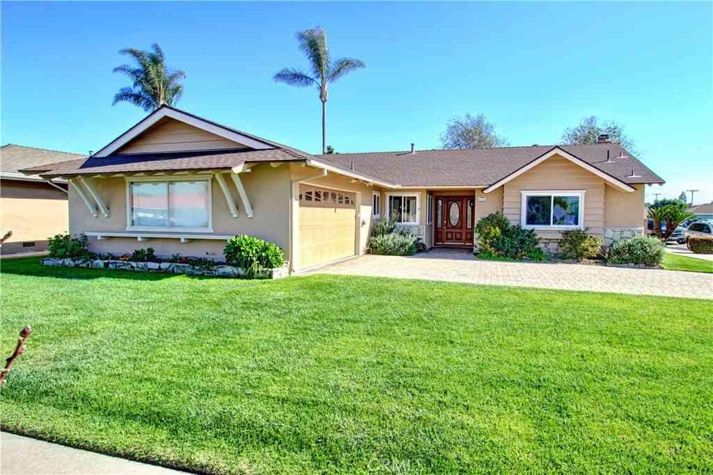 9164 El Molino Circle, Fountain Valley, CA, 92708,