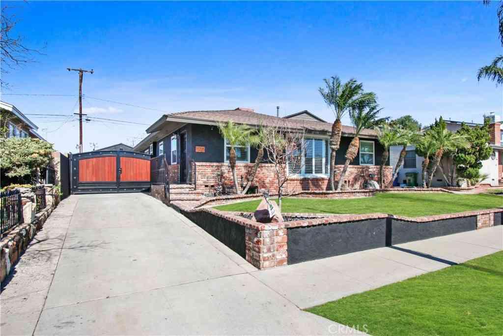 11215 Garetal Street, Santa Fe Springs, CA, 90670,