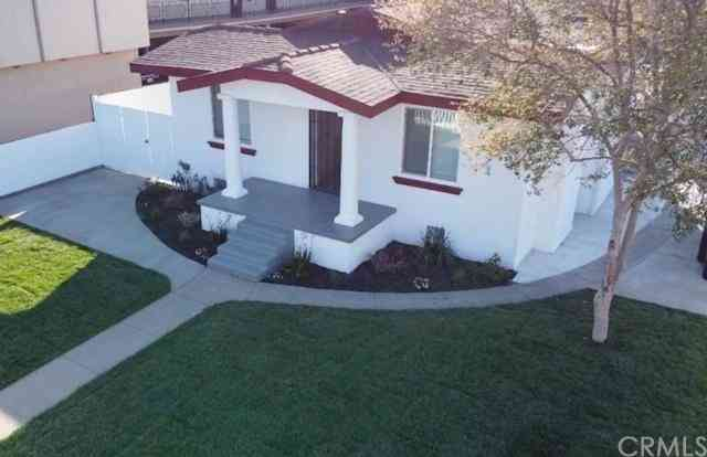 6003 Mayflower Avenue, Maywood, CA, 90270,