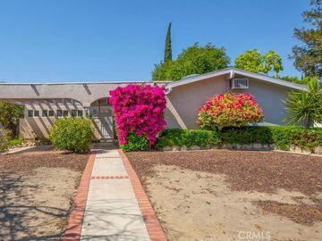 20159 Lassen Street, Chatsworth, CA, 91311,