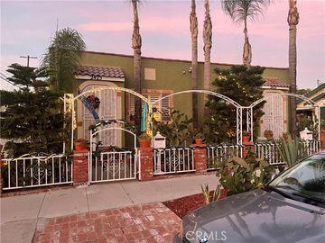 2425 11th street, Long Beach, CA, 90804,