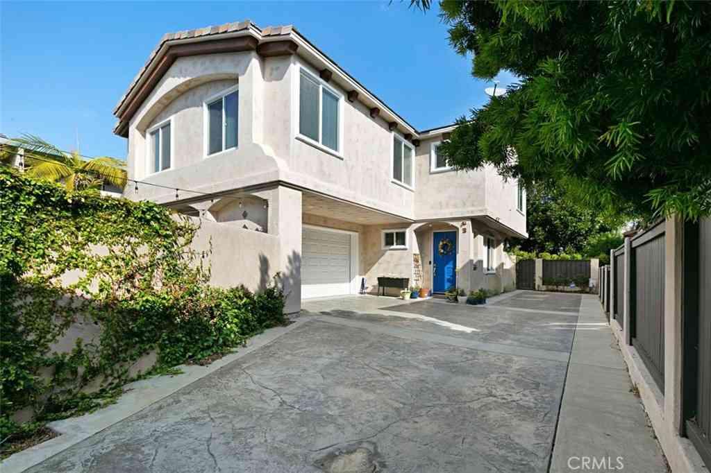 2215 Ruhland Avenue #B, Redondo Beach, CA, 90278,