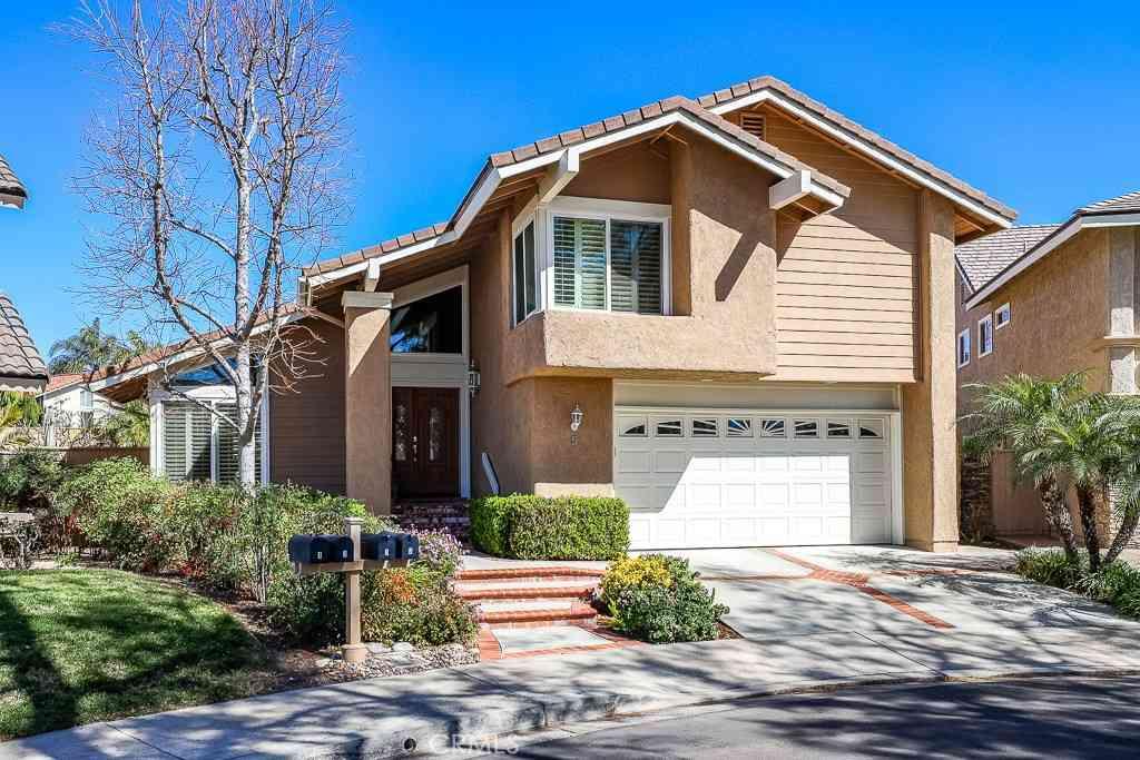 5 Glorieta E, Irvine, CA, 92620,