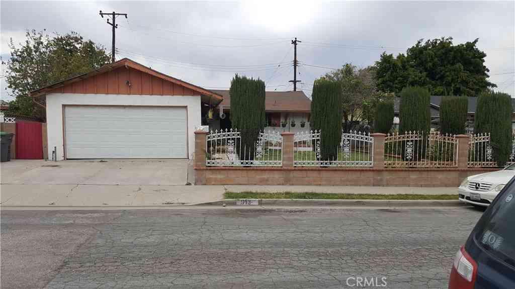 913 E Joel Street, Carson, CA, 90745,