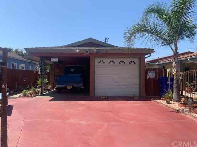 9215 Hunt Avenue, South Gate, CA, 90280,