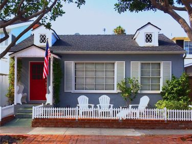 2109 E OCEAN Boulevard, Newport Beach, CA, 92661,