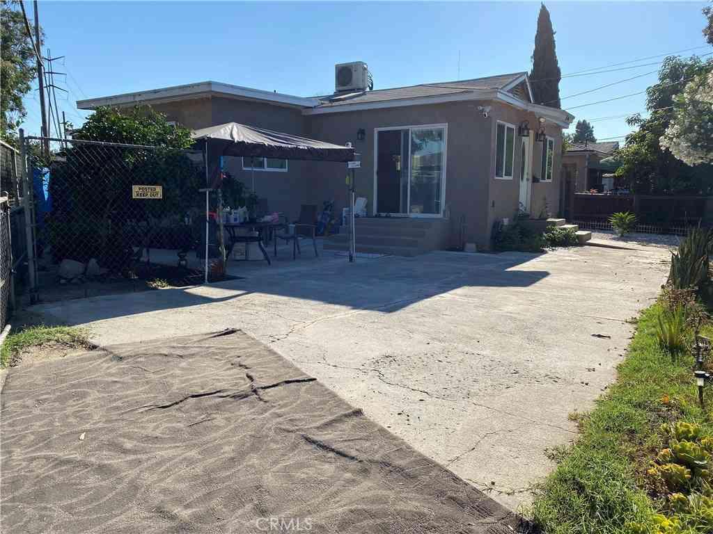 1546 W Cameron Street, Long Beach, CA, 90810,