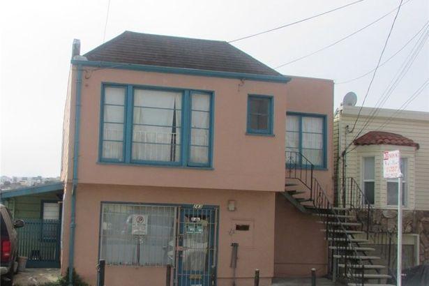 285 Farallones Street