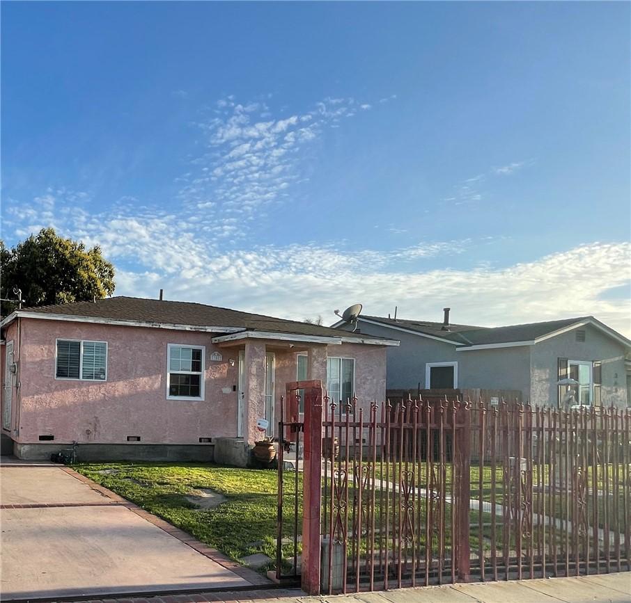 358 W Cedar Street, Compton, CA, 90220,