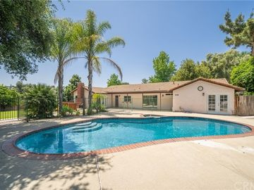 822 North Easley Canyon Road, Glendora, CA, 91741,