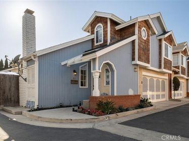 2210 Pacific Avenue #B2, Costa Mesa, CA, 92627,