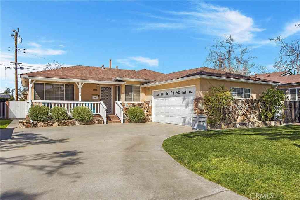 6151 Fanwood Avenue, Lakewood, CA, 90713,