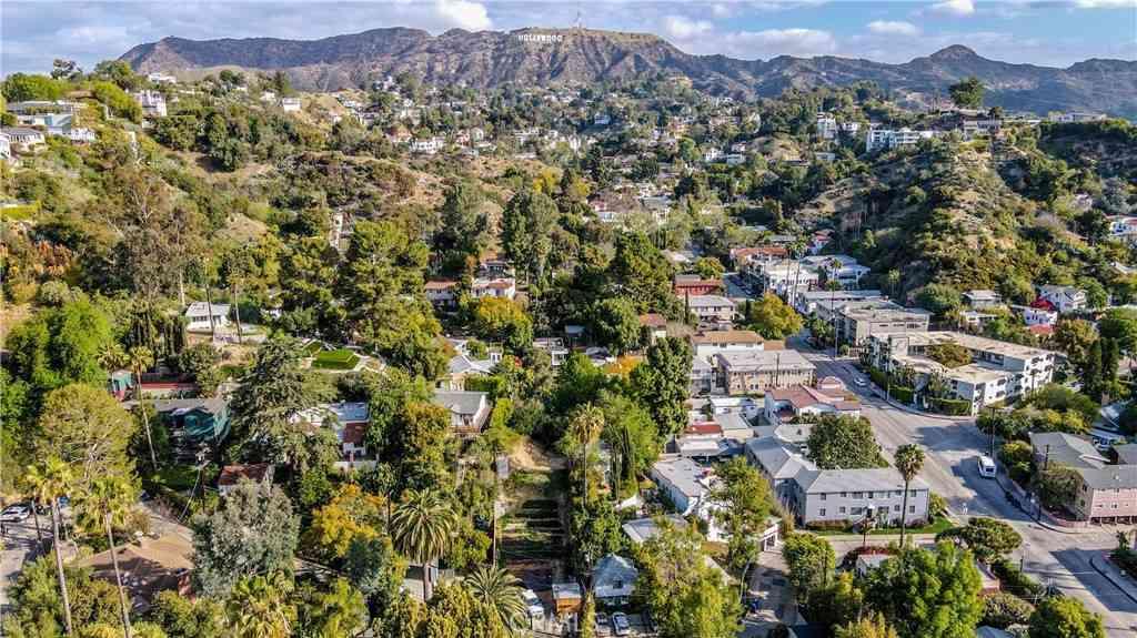 2599 Dearborn Drive, Los Angeles, CA, 90068,