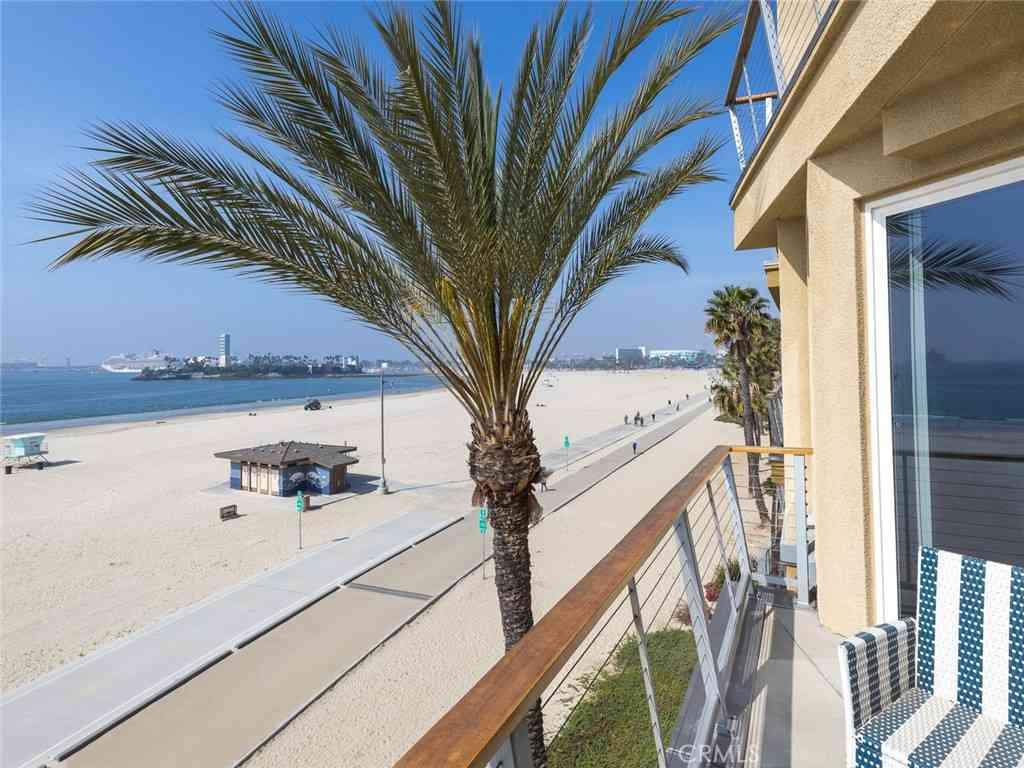 1400 E Ocean Boulevard #1303, Long Beach, CA, 90802,