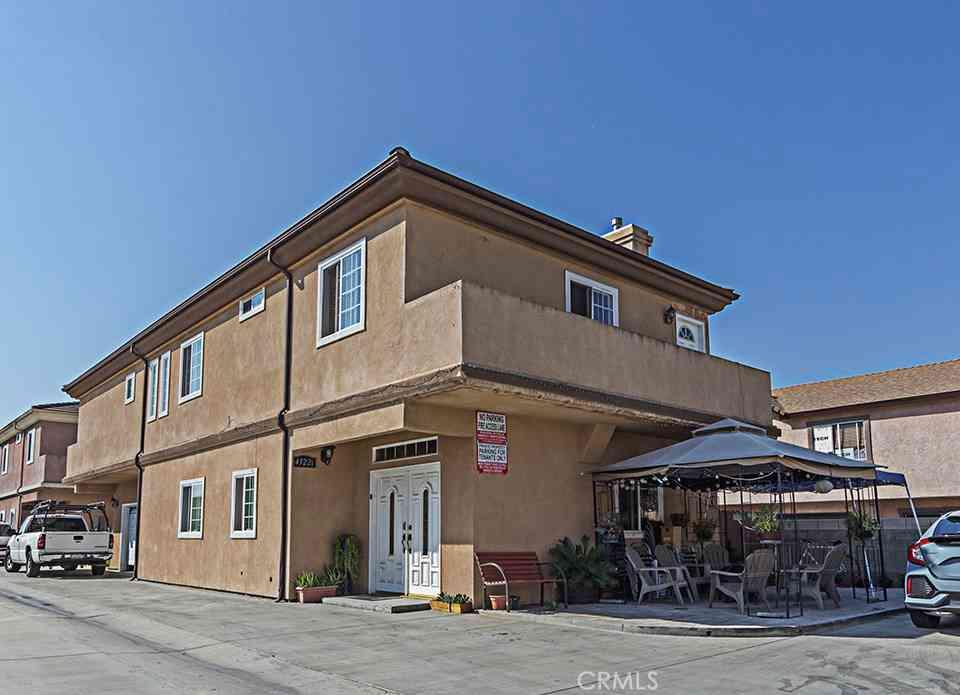 4322 Clara Street, Cudahy, CA, 90201,