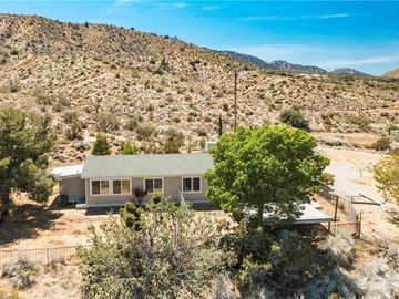 9373 Crystal Aire Road, Pinon Hills, CA, 92372,