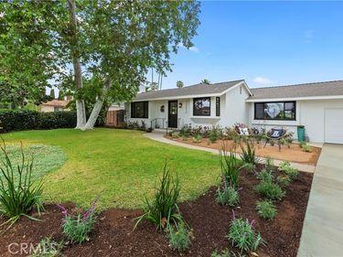 13572 Sandhurst Place, North Tustin, CA, 92705,