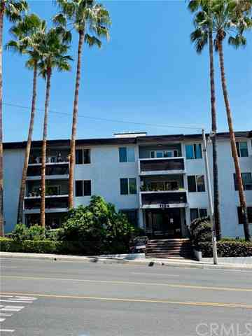 1124 North La Cienega Boulevard #204, West Hollywood, CA, 90069,