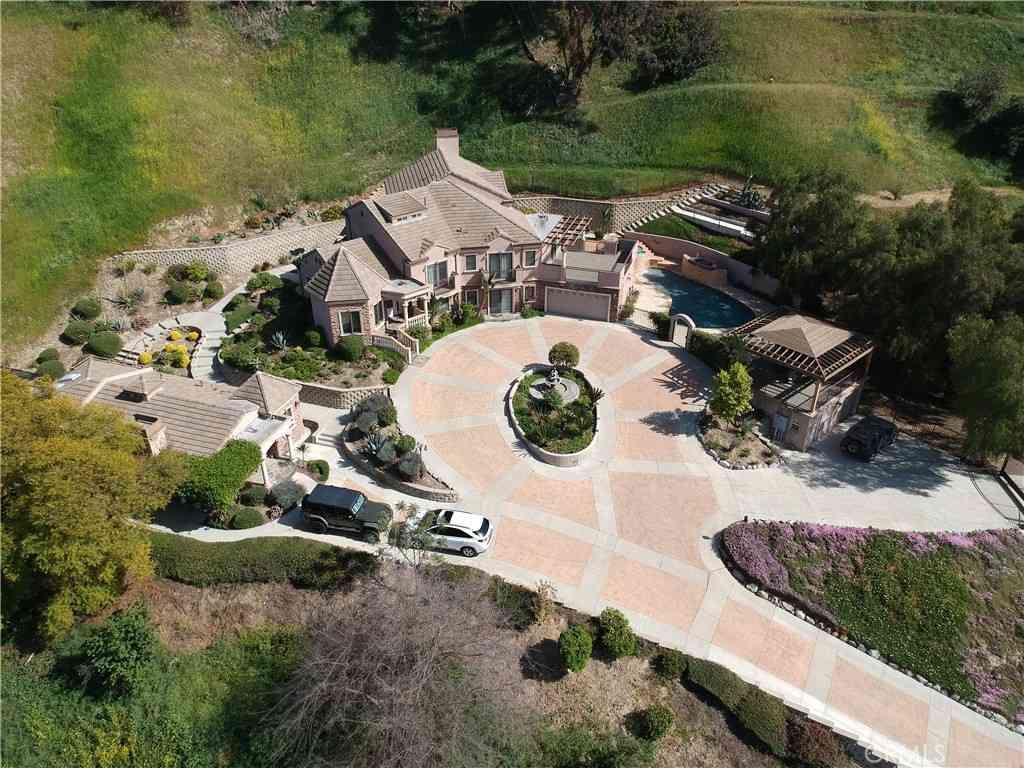 1662 Hacienda Road, La Habra Heights, CA, 90631,