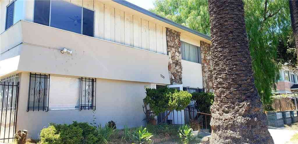 739 Chestnut Avenue #4, Long Beach, CA, 90813,