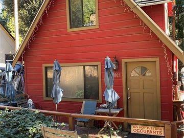 805 West Village Lane, Crestline, CA, 92325,