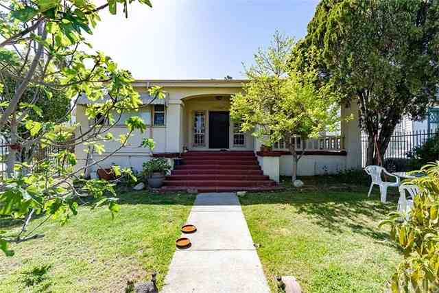 1143 South Manhattan Place, Los Angeles, CA, 90019,