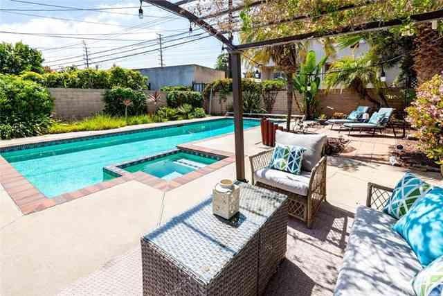 4335 Campbell Drive, Los Angeles, CA, 90066,