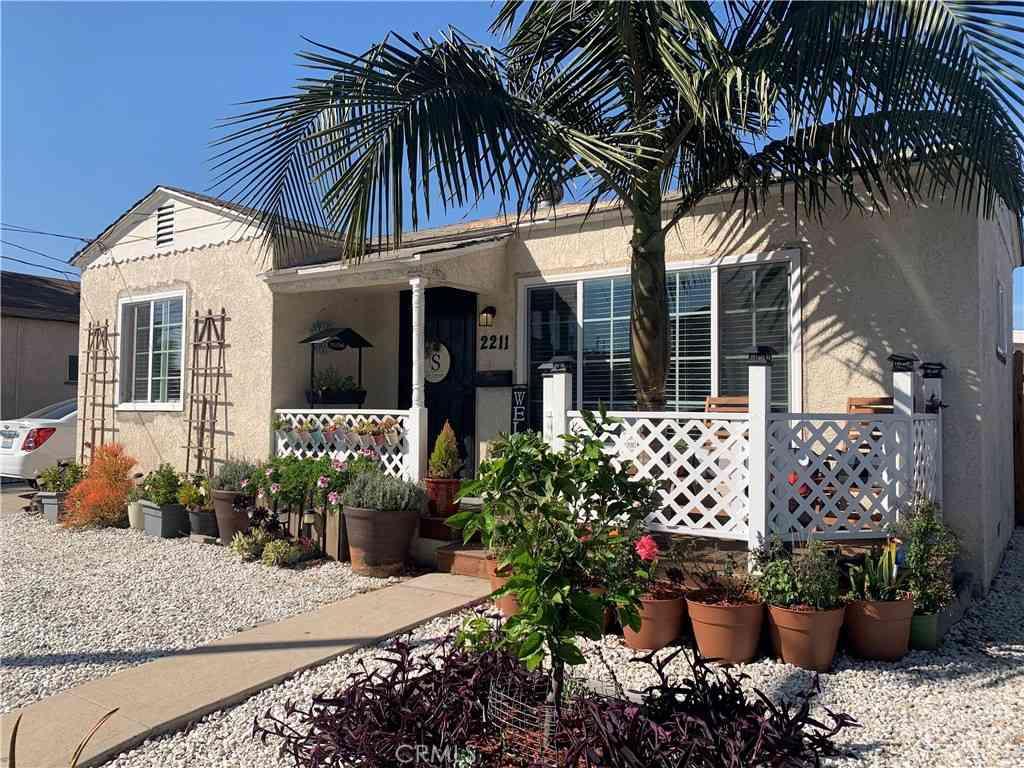 2211 W Lincoln Street, Long Beach, CA, 90810,