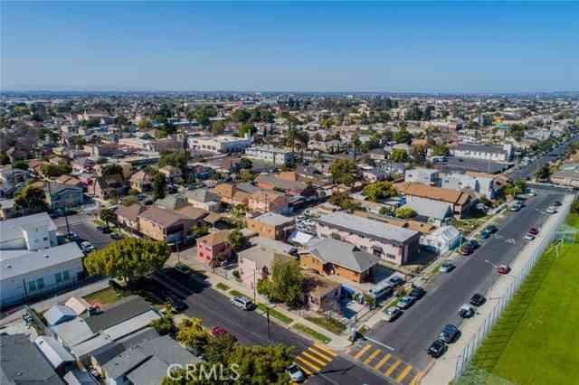 4607 Wadsworth AVE, Los Angeles, CA, 90011,