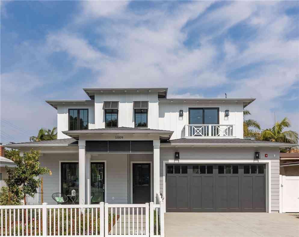 1009 10th Street, Manhattan Beach, CA, 90266,
