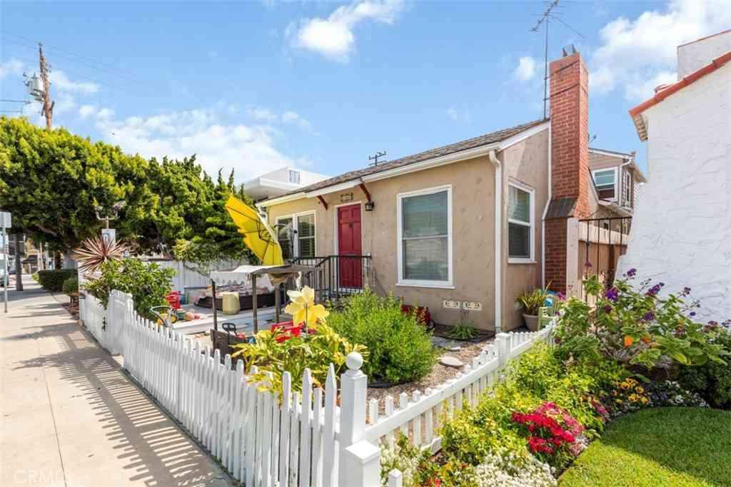 180 Nieto Avenue, Long Beach, CA, 90803,
