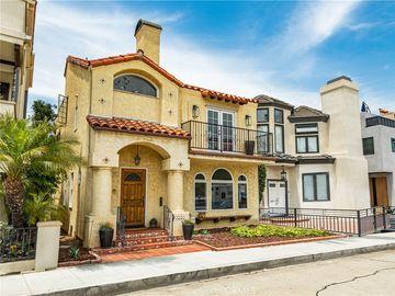 163 Angelo Walk, Long Beach, CA, 90803,