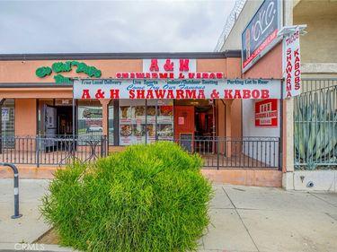 8450 Reseda, Northridge, CA, 91324,