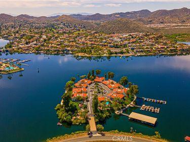 22168 Treasure Island Drive #18, Canyon Lake, CA, 92587,