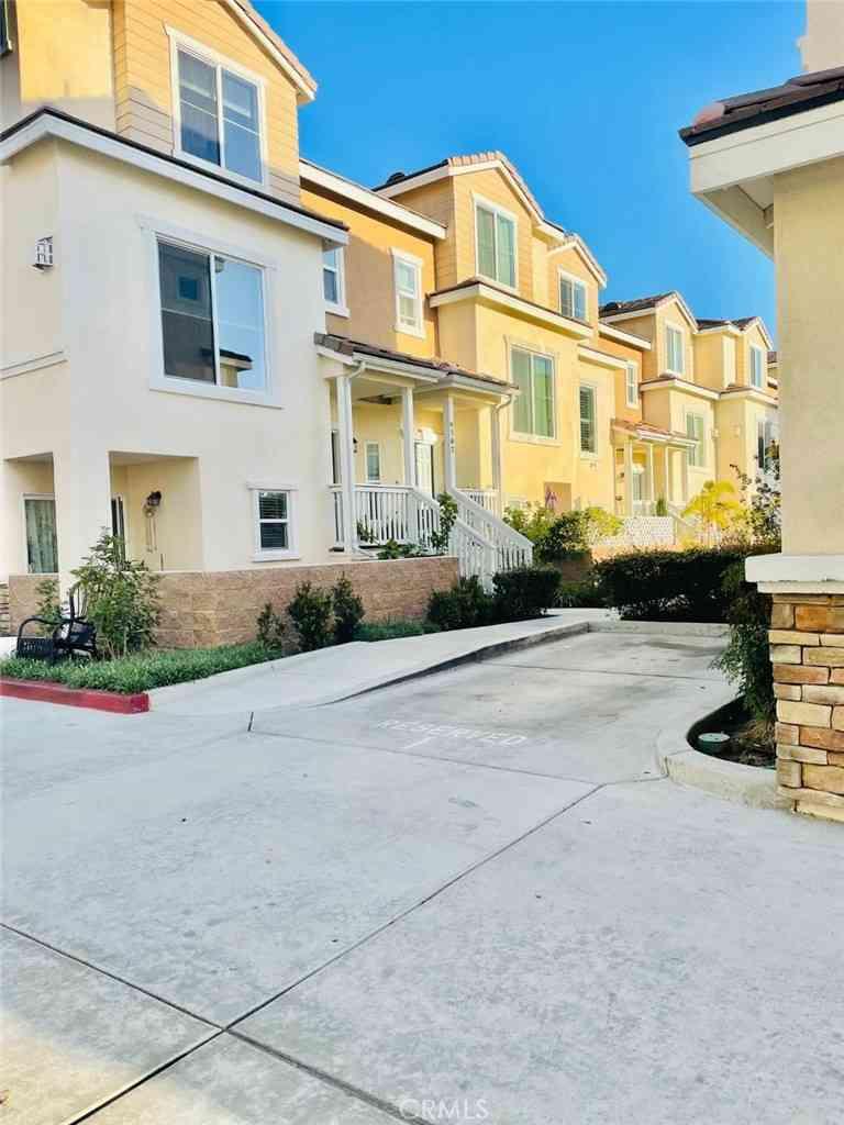 6162 Lincoln Avenue, Cypress, CA, 90630,