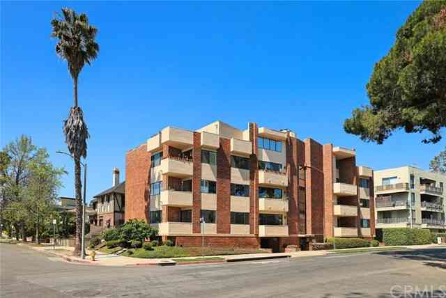 1567 Westholme Avenue #2B, Los Angeles, CA, 90024,