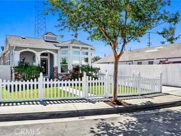 1313 North Logan Street, Santa Ana, CA, 92701,