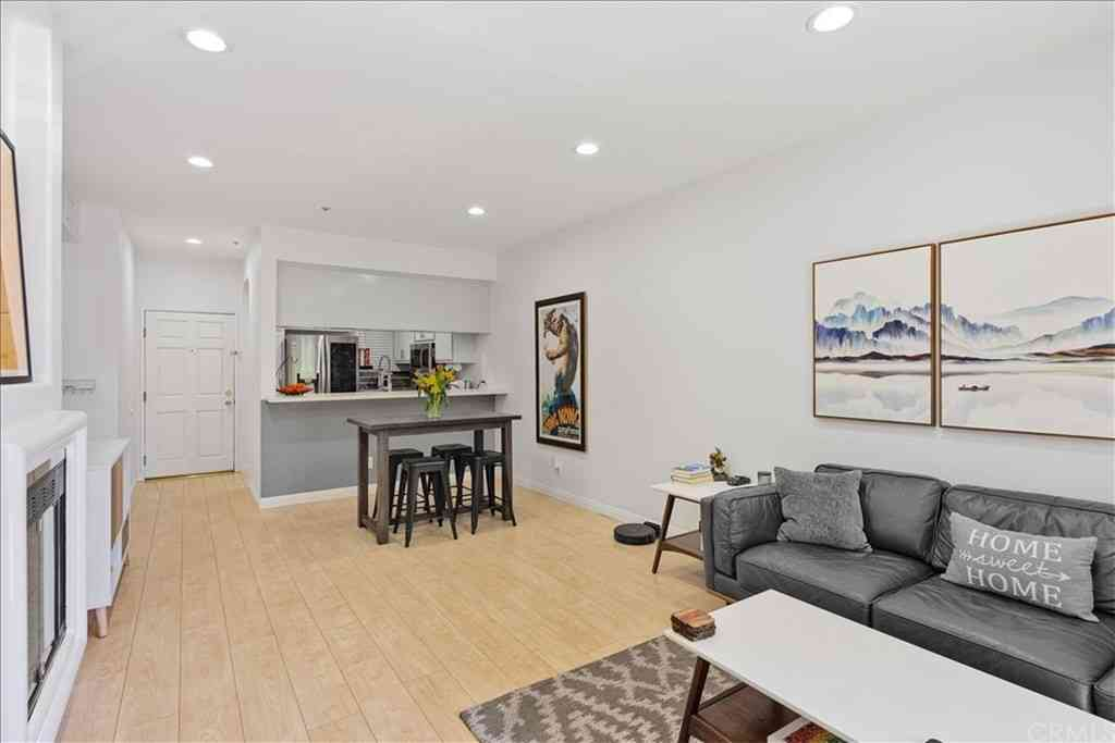 555 Maine Avenue #103, Long Beach, CA, 90802,