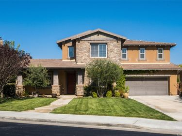 35044 Lost Trail Court, Winchester, CA, 92596,