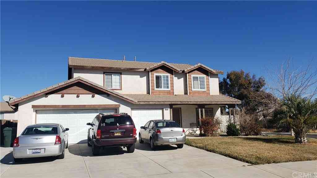 13984 Clydesdale Run Lane, Victorville, CA, 92394,