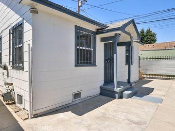 2465 Linden Avenue, Long Beach, CA, 90806,