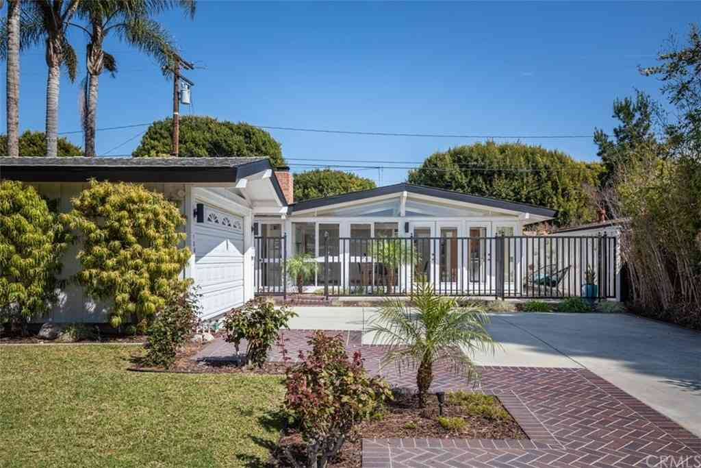 3236 Kallin Avenue, Long Beach, CA, 90808,